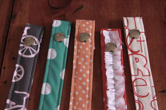 Seelamade: pacifier clips2